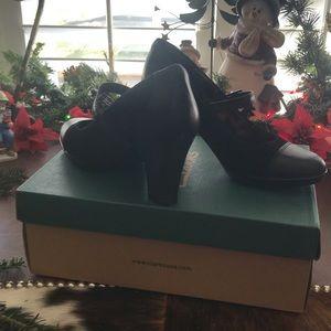 NIB Clark's Black Heeled  Mary Janes Sz 7M